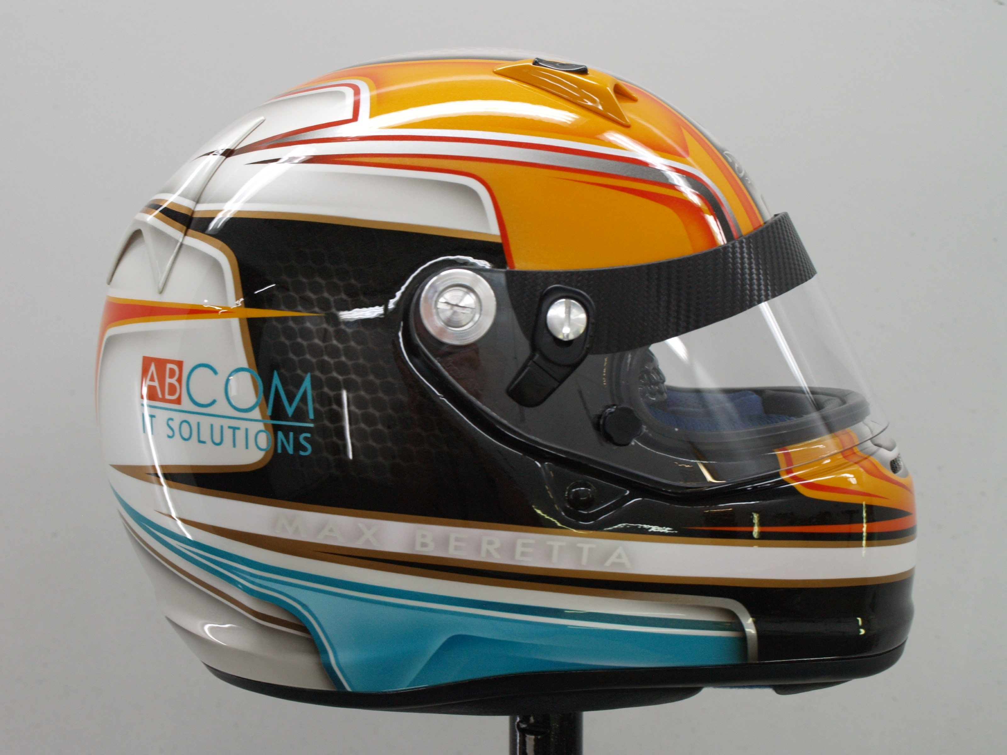 Airbrush Custompaint Arai Helmet